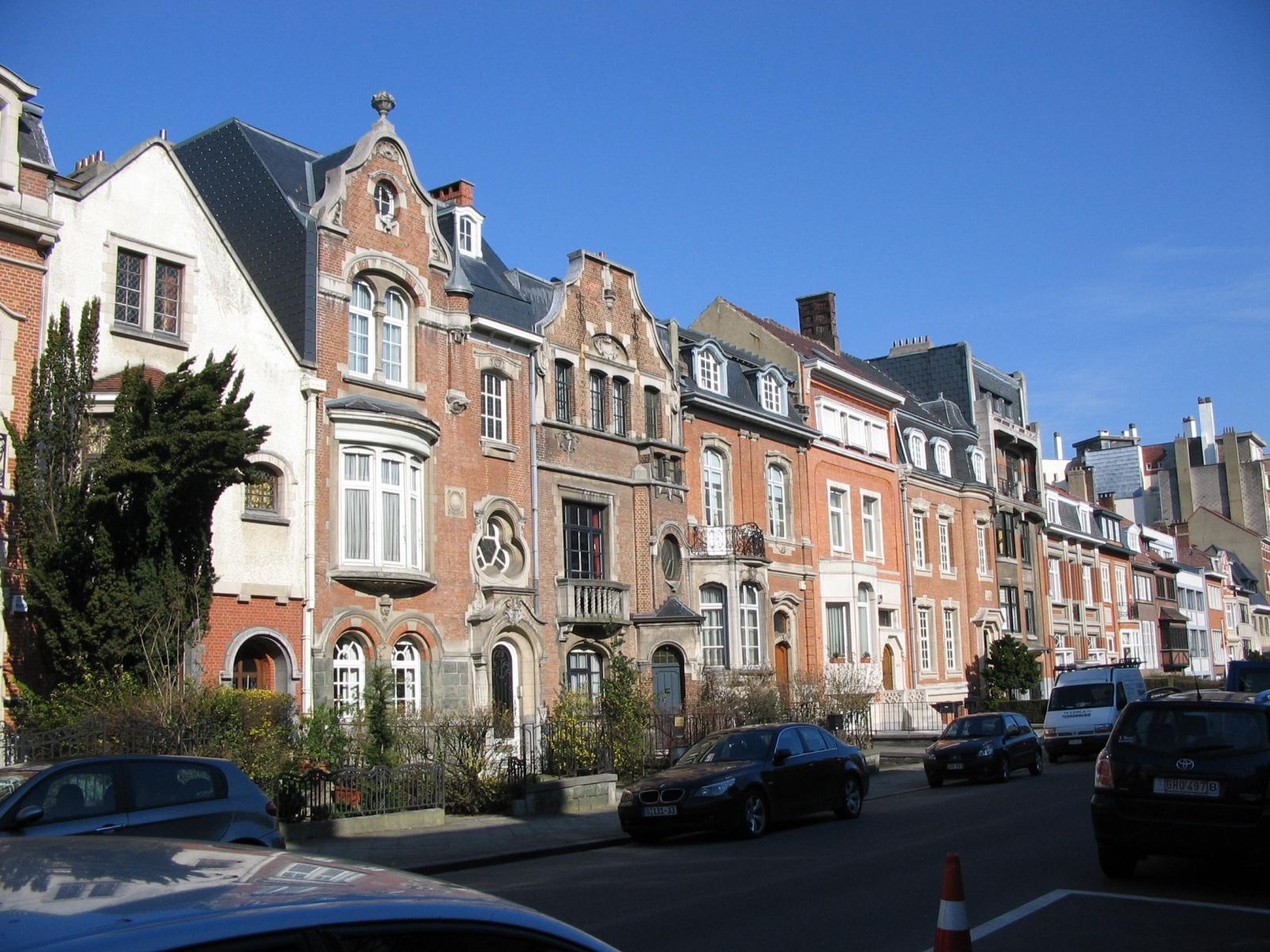 Rue Jules Lejeune, enfilade de maisons côté impair., 2006
