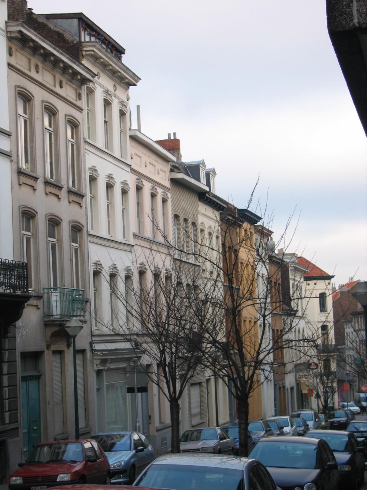Rue de Bordeaux, vue vers la rue de la Croix de Pierre., 2004