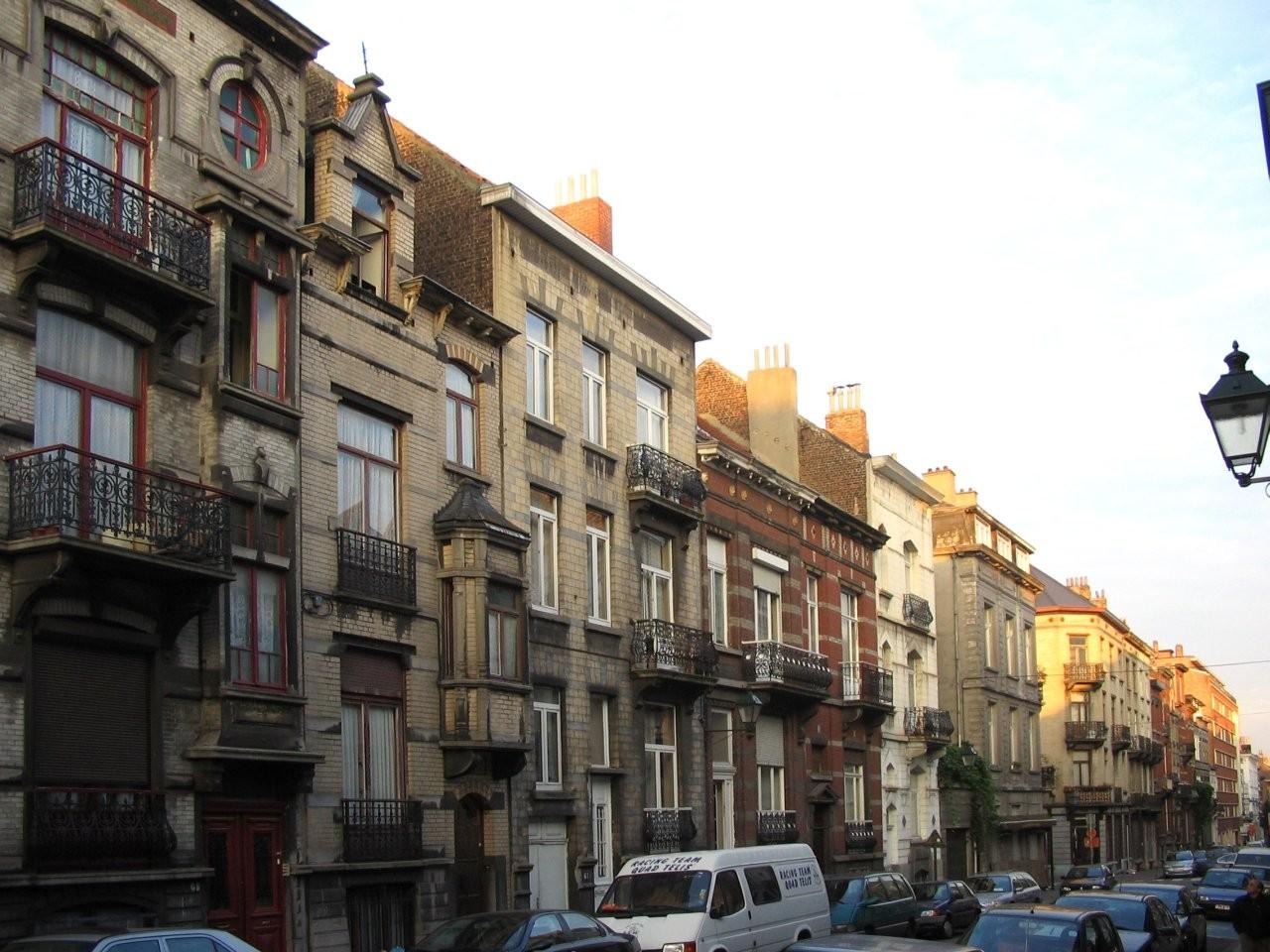 Rue de Danemark côté impair entre la place Bethléem et la rue Emile Féron., 2005