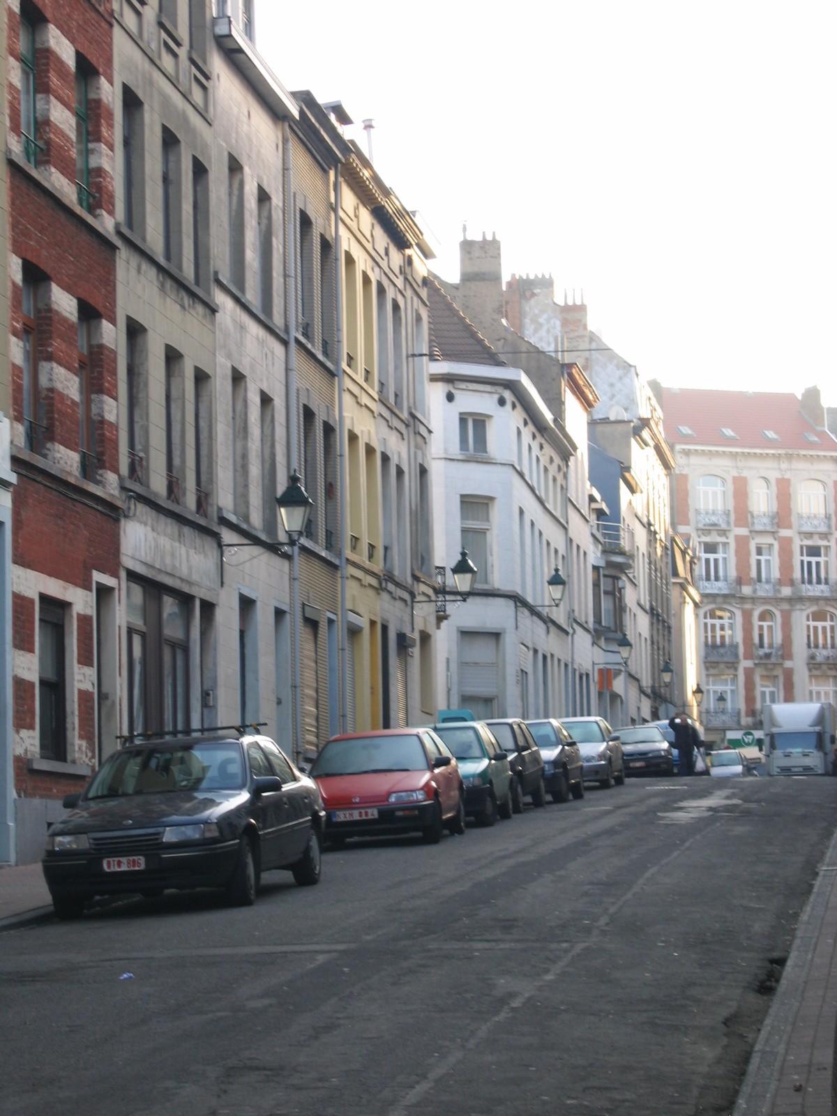 Onpare zijde Vestingstraat naar Waterloosesteenweg., 2005