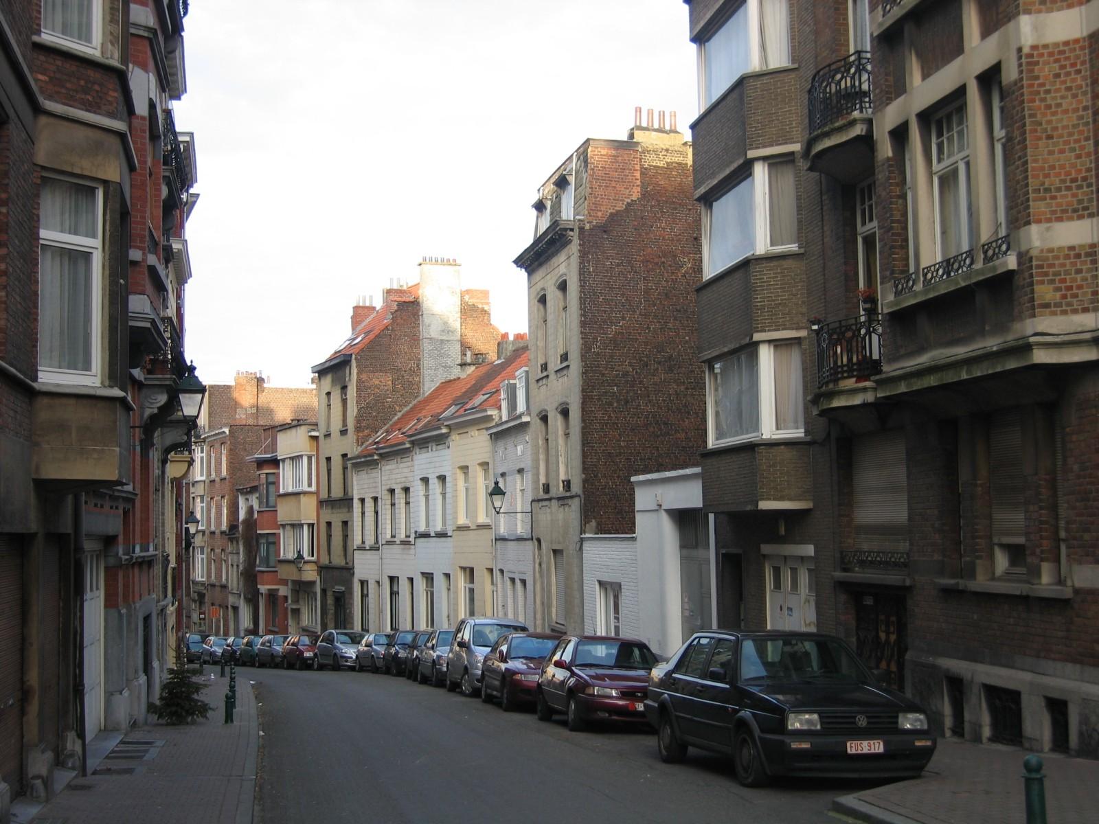Rue Garibaldi, vue depuis la rue de Savoie vers l\'avenue des Villas., 2004