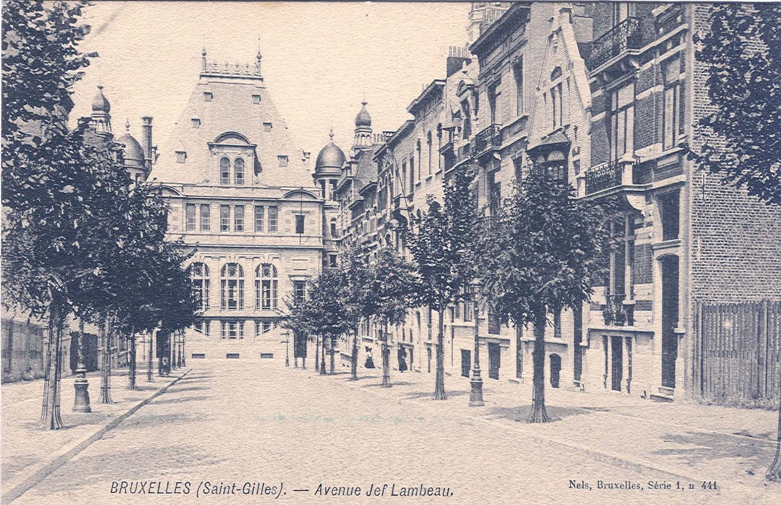 Avenue Jef Lambeaux, vue depuis la rue Antoine Bréart (Collection de Dexia Banque, s.d.).