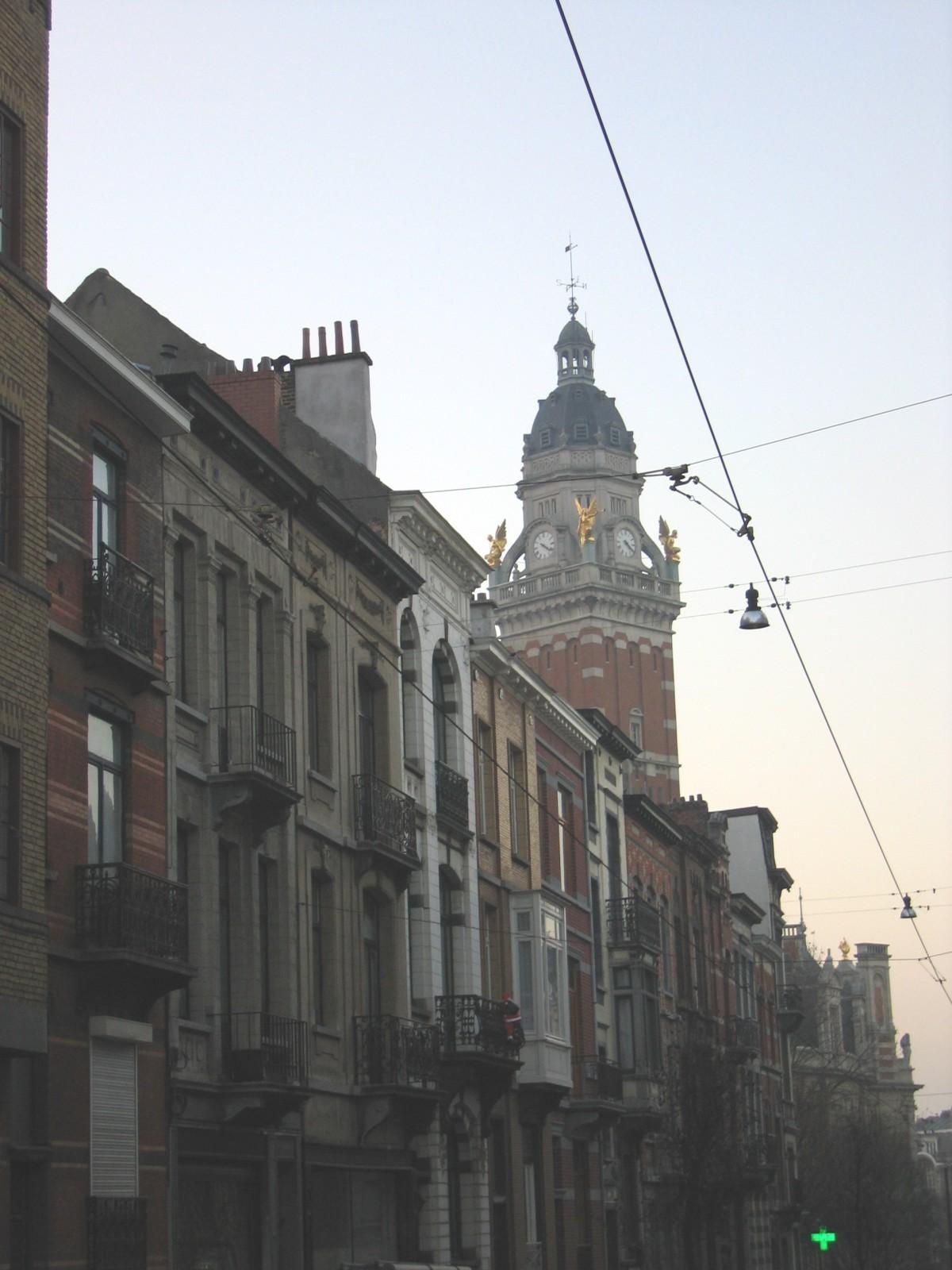 Rue de Lombardie, vue depuis la rue Antoine Bréart, côté impair., 2004