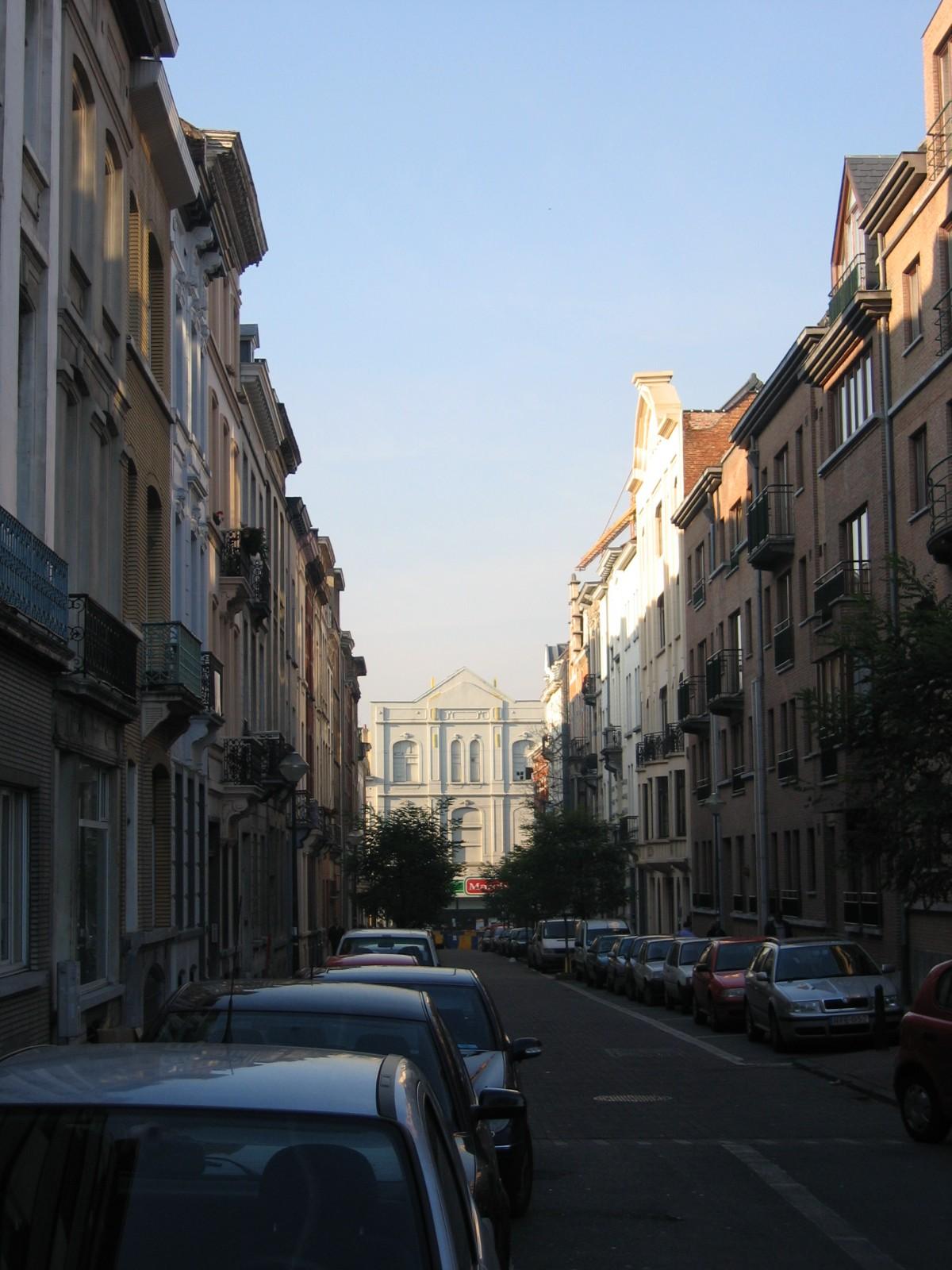 Rue de Rome, vue depuis la rue de l\'Hôtel des Monnaies., 2004