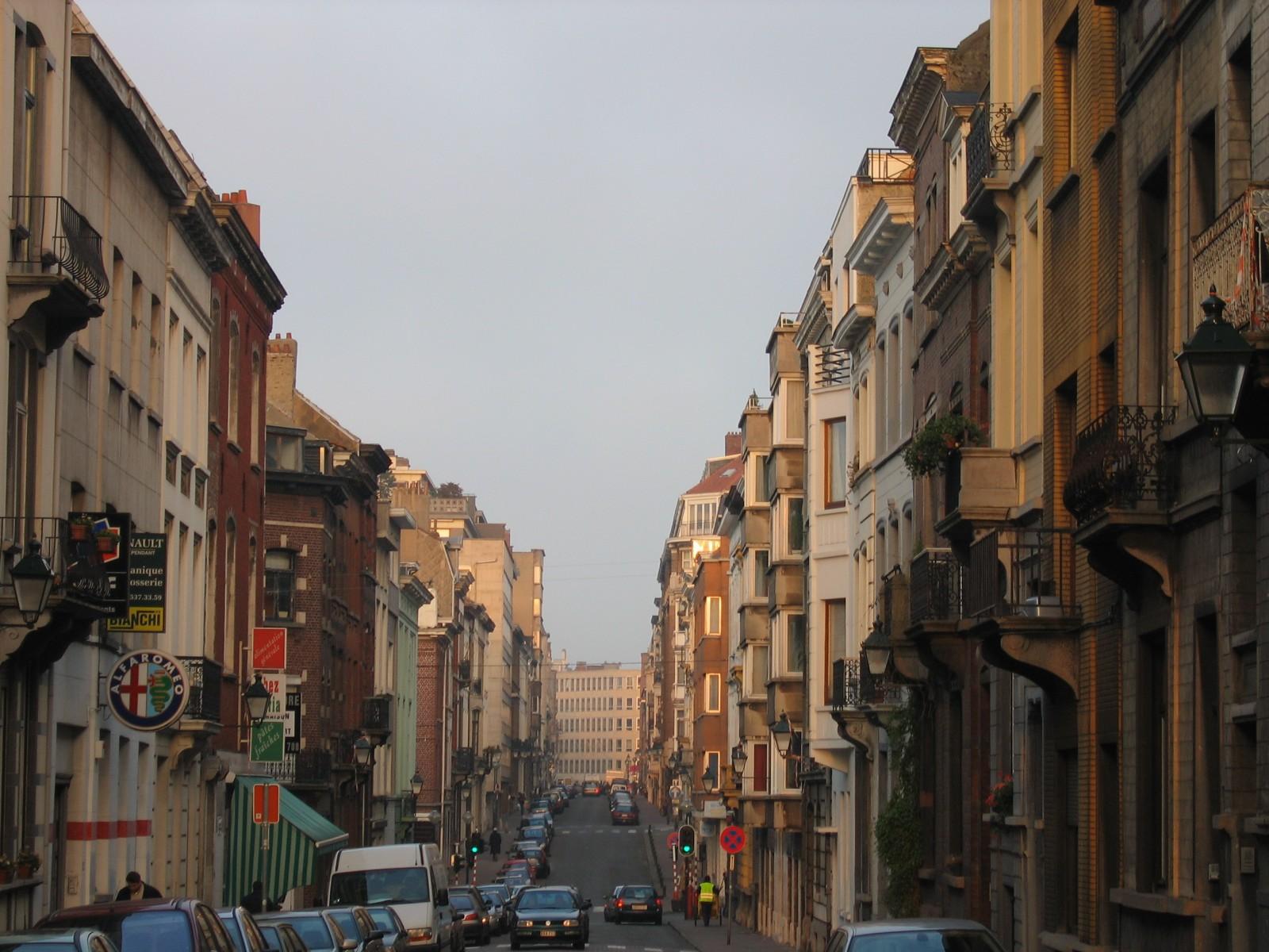 Rue Saint-Bernard, vue depuis la rue d\'Irlande., 2004