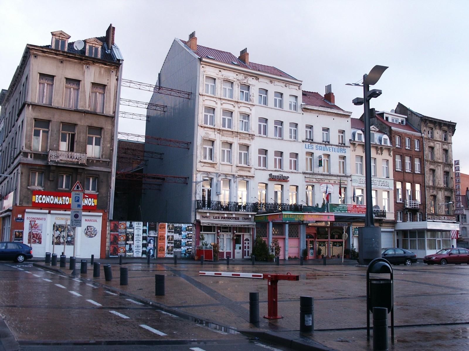 Esplanade de l\'Europe, 9 à 23., 2004