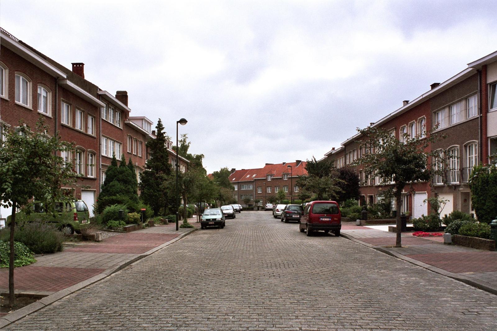 Avenue des Cinq Bonniers., 2005