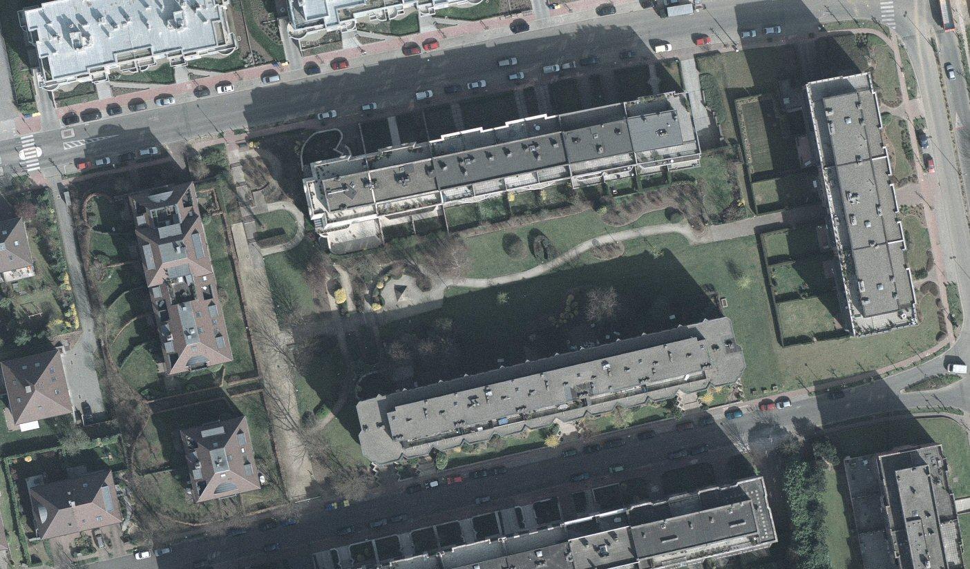 Place Jean Capart, vue aérienne© Bruxelles Urbis ® © –Distribution: CIRB 20 avenue des Arts, 1000 Bruxelles, 2004
