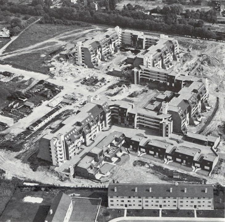 Cité de l'Amitié, vue aérienne (A+, 60, 1979, p.19).