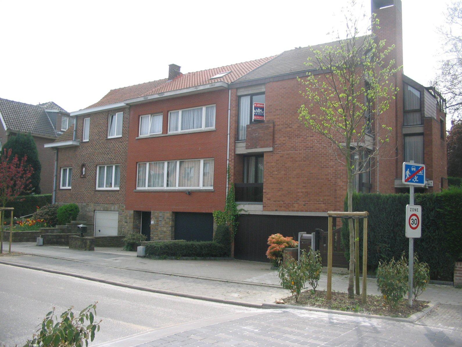 Avenue des Sitelles 16 à 20, 2007