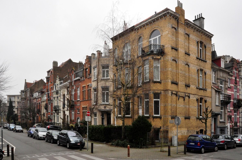 Avenue des Deux Tilleuls, vue du côté impair, 2012