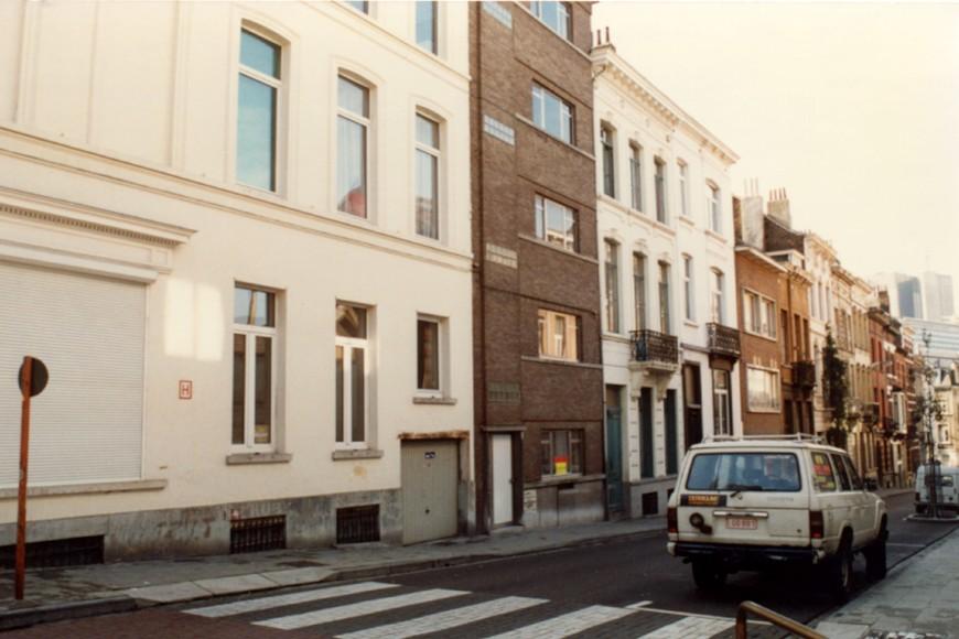 Rue du Cadran, côté pair, vue vers la rue Verboeckhaven (photo 1993-1995).