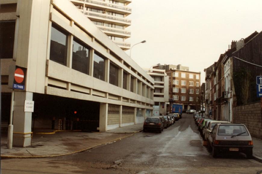 Rue de Bruyn vue depuis la rue de la Pacification (photo 1993-1995).