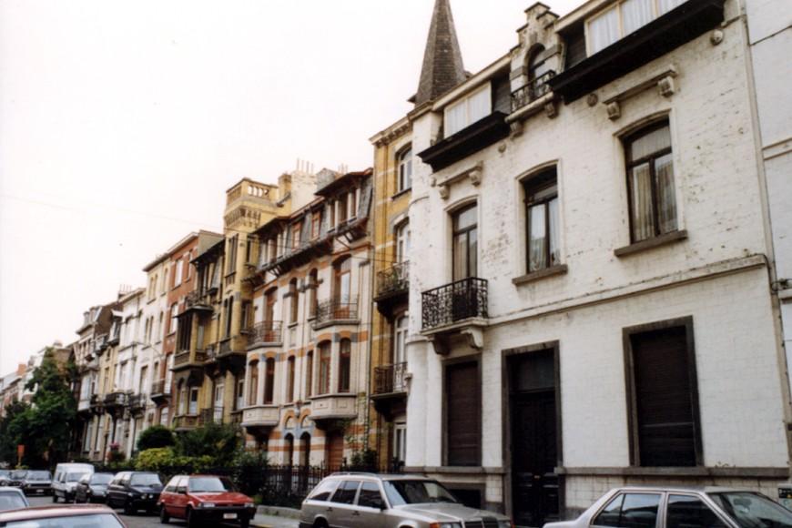 Avenue Georges Petre, enfilade côté pair (photo 1993-1995).