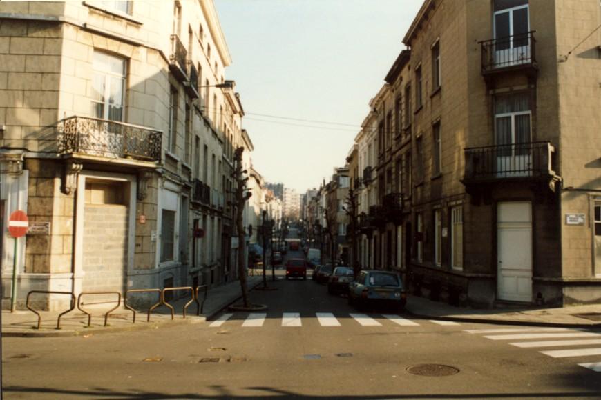 Rue du Moulin vue depuis la rue Potagère (photo 1993-1995).