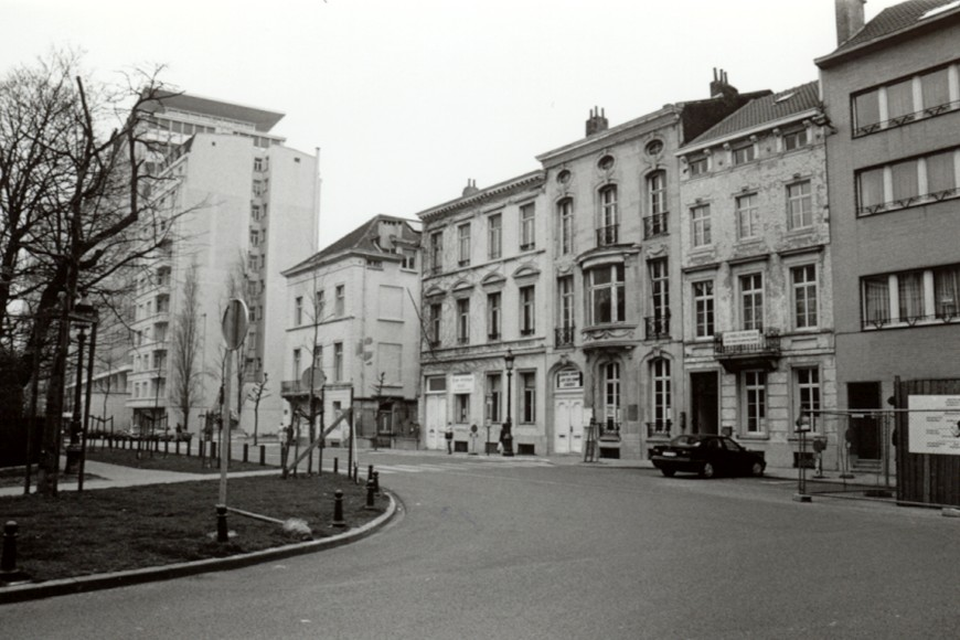 Place Quetelet, enfilade côté nord (photo 1993-1995).